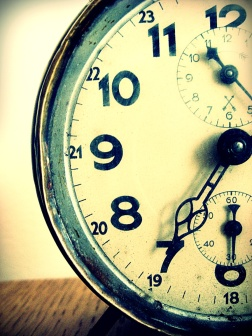 old_clock_by_neyle